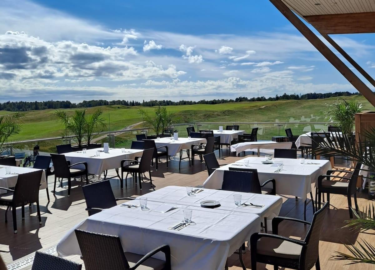 Ravintola Vista avoinna maanantaista lauantaihin talvikauden
